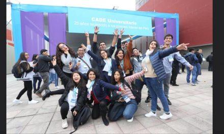 Estudiantes CCOM vivieron enriquecedora experiencia en CADE Universitario