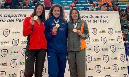 Estudiante CCOM gana dos de oro en Nacional de natación
